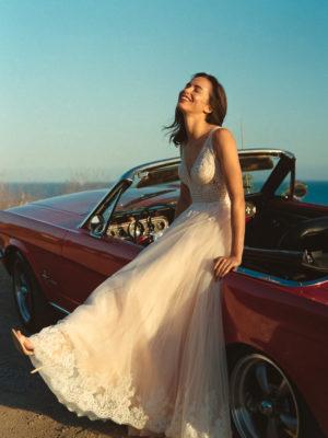 Brautkleid Elizabeth Transparent Rocksaum Blumendeko V Ausschnitt Tüll Spitze A Linie Schulterträger E 4460t 04