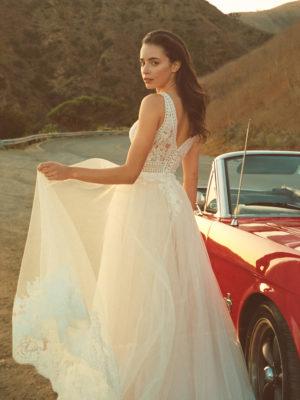 Brautkleid Elizabeth Transparent Rocksaum Blumendeko V Ausschnitt Tüll Spitze A Linie Schulterträger E 4460t 05