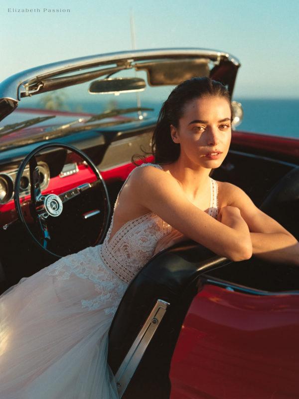 Brautkleid Elizabeth Transparent Rocksaum Blumendeko V Ausschnitt Tüll Spitze A Linie Schulterträger E 4460t 06