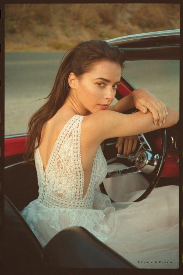 Brautkleid Elizabeth Transparent Rocksaum Blumendeko V Ausschnitt Tüll Spitze A Linie Schulterträger E 4460t 08