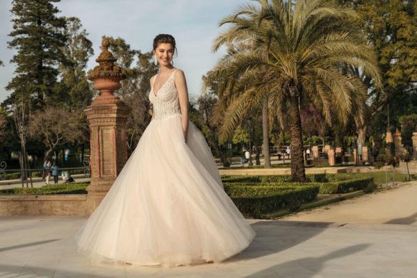 Brautkleid Mode De Pol Agnes Bridal Dream A Linie Prinzessin Tuell Herzausschnitt Glitzertuell Transparent Perlen 3d Optik Ka 20003 03.jpg