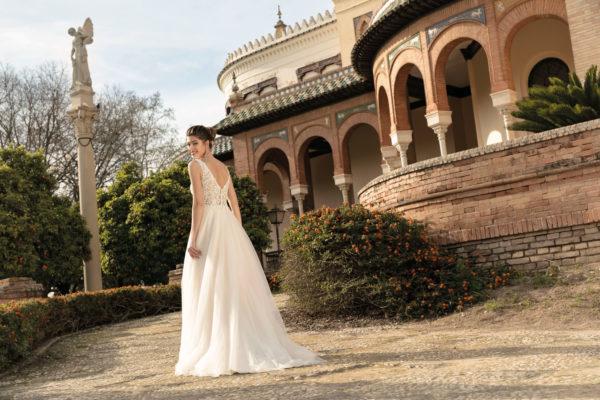 Brautkleid Mode De Pol Agnes Bridal Dream A Linie Tuell Herzausschnitt Glitzertuell Transparent Blumendeko 3d Optik Perlen Ka 20076t 04.jpg