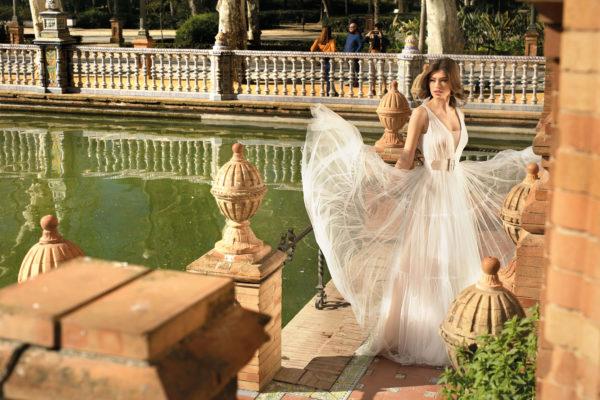Brautkleid Mode De Pol Agnes Bridal Dream A Linie Tuell V Ausschnitt Guertel Mit20querlaeufer Schlicht Boho Ka 20073 03.jpg