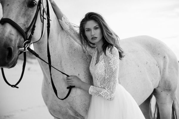 Brautkleid Mode De Pol Elizabeth Boho Transparent Schlicht V Ausschnitt Tüll A Linie E 4424t 07