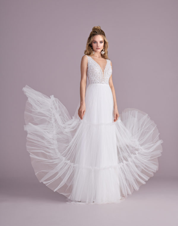 Brautkleid Mode De Pol Elizabeth Boho Transparent Mit Querläufer V Ausschnitt Tüll Empire Schulterträger E 4425t 01