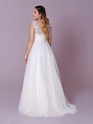 Brautkleid Mode De Pol Elizabeth Curvy Strassapplikation Blumendeko Gürtel Herzausschnitt Tüll A Linie Schulterträger M 148t 02