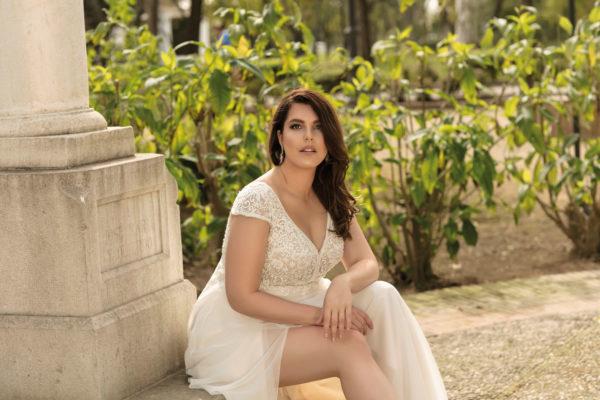 Brautkleid Mode De Pol Lovely A Linie Etui Empire Chiffon Tuell V Ausschnitt Curvy Mit20schlitz Pailletten Perlen Blumendeko Lo 210t 03.jpg