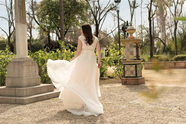 Brautkleid Mode De Pol Lovely A Linie Etui Empire Chiffon Tuell V Ausschnitt Curvy Mit20schlitz Pailletten Perlen Blumendeko Lo 210t 05.jpg