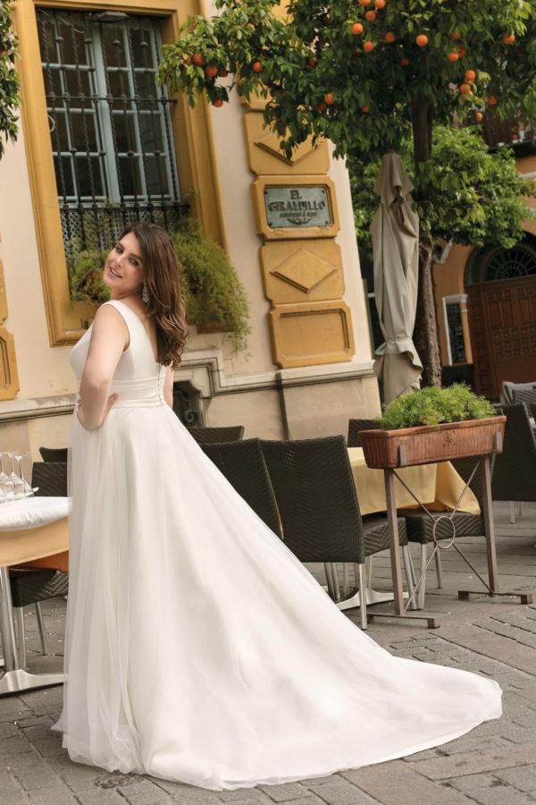 Brautkleid Mode De Pol Lovely A Linie Tuell Mikado V Ausschnitt Guertel Curvy Schlicht Lo 220t 02.jpg