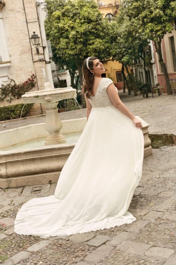 Brautkleid Mode De Pol Lovely Empire A Linie Chiffon Tuell Herzausschnitt Transparent Curvy 3d Optik Perlen Lo 233t 02.jpg