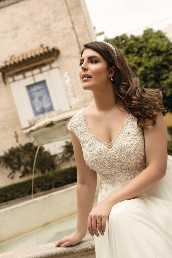Brautkleid Mode De Pol Lovely Empire A Linie Chiffon Tuell Herzausschnitt Transparent Curvy 3d Optik Perlen Lo 233t 03.jpg