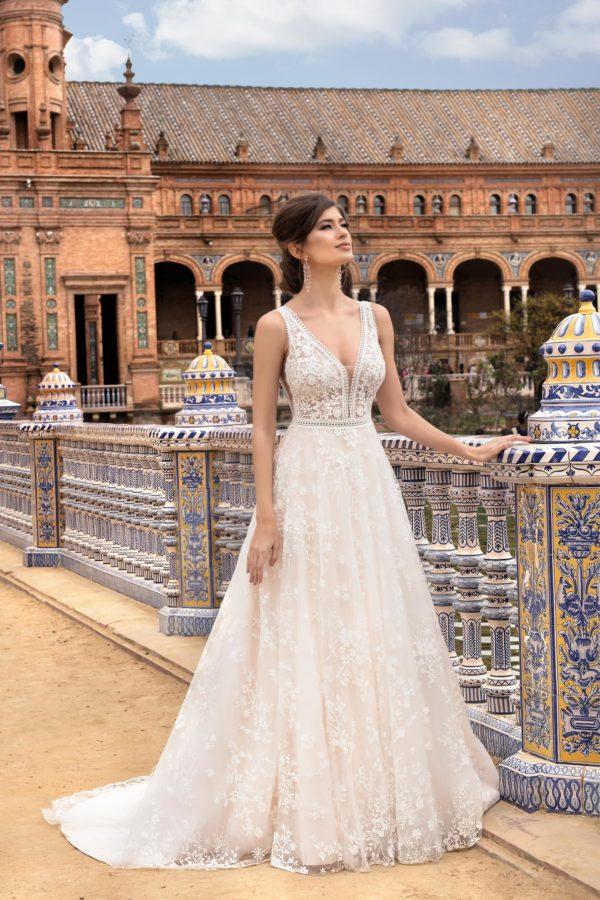 Brautkleid Mode De Pol Theone A Linie Spitze Tuell V Ausschnitt Transparent Allover Spitze Blumendeko To 1119t 03.jpg