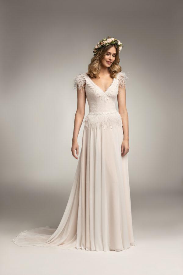 Brautkleid Mode De Pol Theone Marabufedern Boho Schlicht V Ausschnitt Chiffon A Linie Schulterträger To 967t 01