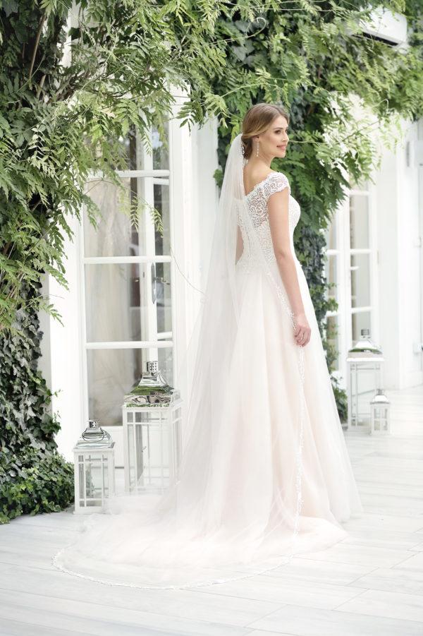 Brautkleid Mode De Pol Theone Pailletten Herzausschnitt Tüll A Linie Carmen To 911t 02