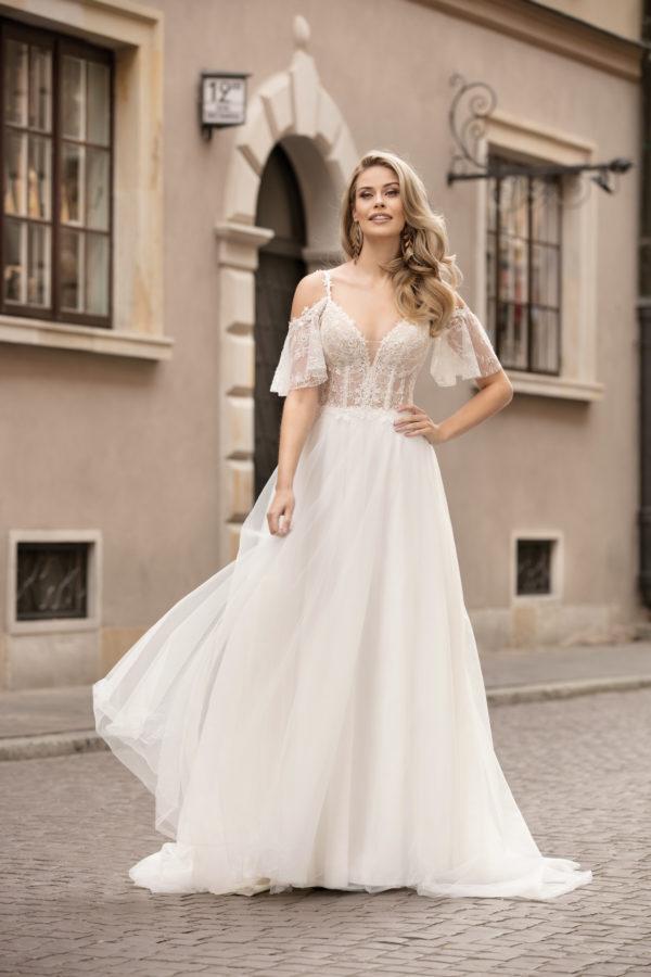 Brautkleid Mode De Pol Theone Transparent Blumendeko Spaghettiträger Herzausschnitt Tüll A Linie Schulterträger To 1034t 01