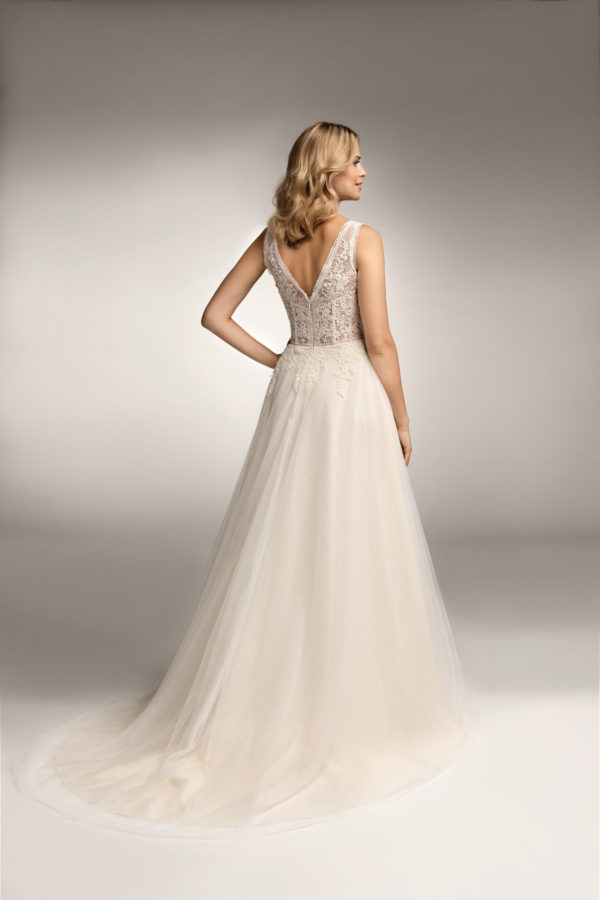 Brautkleid Mode De Pol Theone Transparent Blumendeko V Ausschnitt Tüll A Linie Schulterträger To 1056t 02