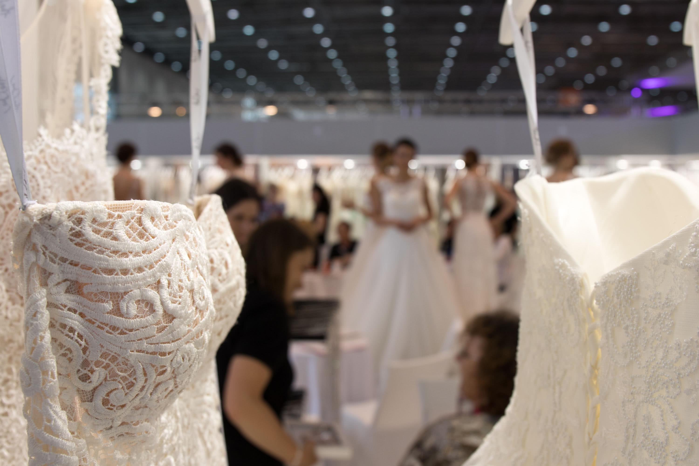 Brautmode Hochzeit Referenz Store 03