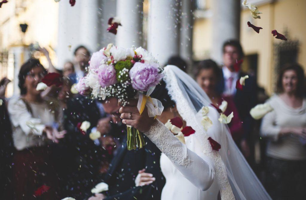 Hochzeitsmesse Brautmode Hochzeitskleid Brautstraus Heirate Kirche Verlobungsring Hochzeits Location Fotograf