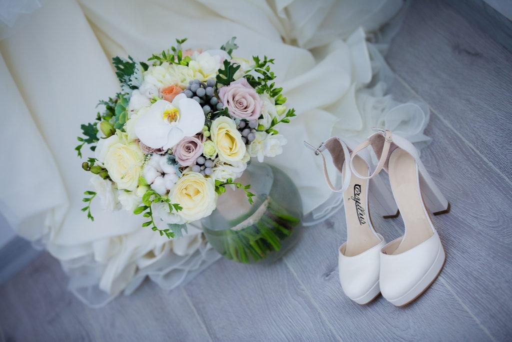 Hochzeitsmesse Brautmode Hochzeitskleid Verlobungsring Hochzeits Location Brautschuhe Brautstraus Tischdekoration Fotograf