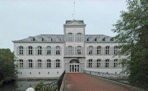 Hochzeitsmesse Regiohochzeit Aachen Schloss Rahe Hochzeitslocation Heiraten Brautkleid Lauretta Schmitz Roetgen