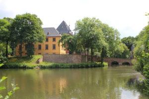 Hochzeitsmesse Regiohochzeit Düren Schloss Burgau Hochzeitslocation Kirche Heiraten Brautkleid