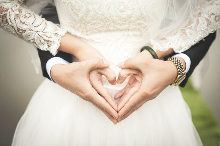Trau Hochzeitsmesse Brautmode Hochzeitskleid Verlobungsring Hochzeits Location Fotograf